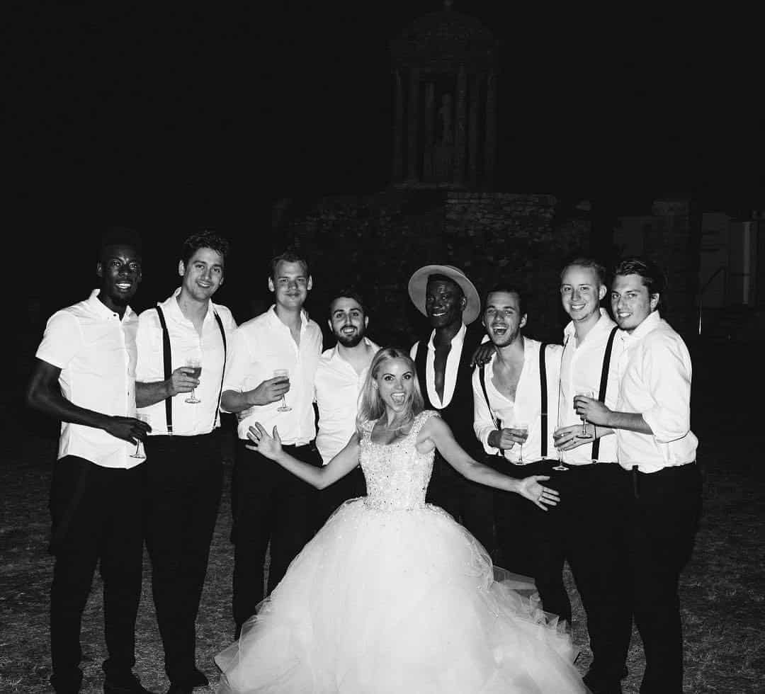 Book soul band for weddings and corporate events in London and the UK.