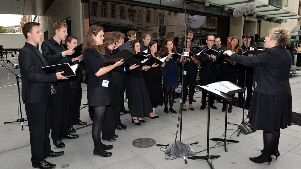 Hire our classical opera singers for award ceremonies in London.