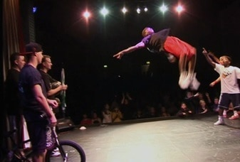 Flat land BMX entertainers and performers for hire. London and the UK