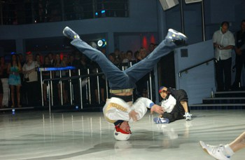 Break Dancers for hire. Book our break dancers for your corporate event in London & the UK.