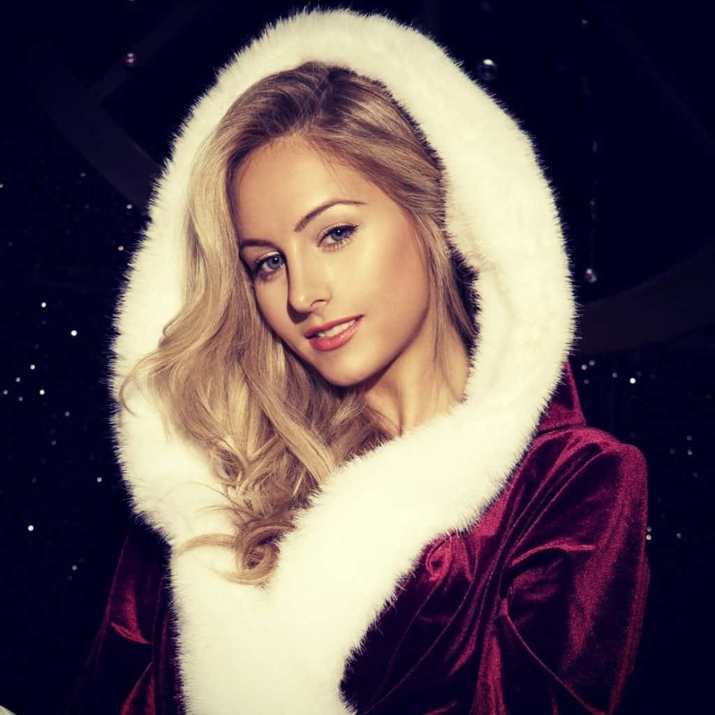 Christmas Burlesque Show for hire. Our burlesque show is available to book for Christmas-themed events, nightclub events or private parties in London & the UK.