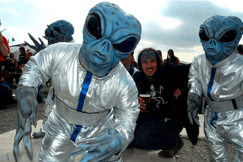 Dwarf Aliens for hire. Book our sci-fi Aliens for music festivals in London & the UK.