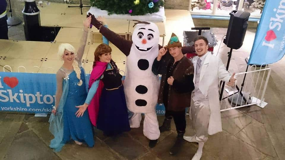 Frozen Walkabout Characters for hire. Our Frozen-themed characters are available to book for Christmas-themed events in London & the UK.
