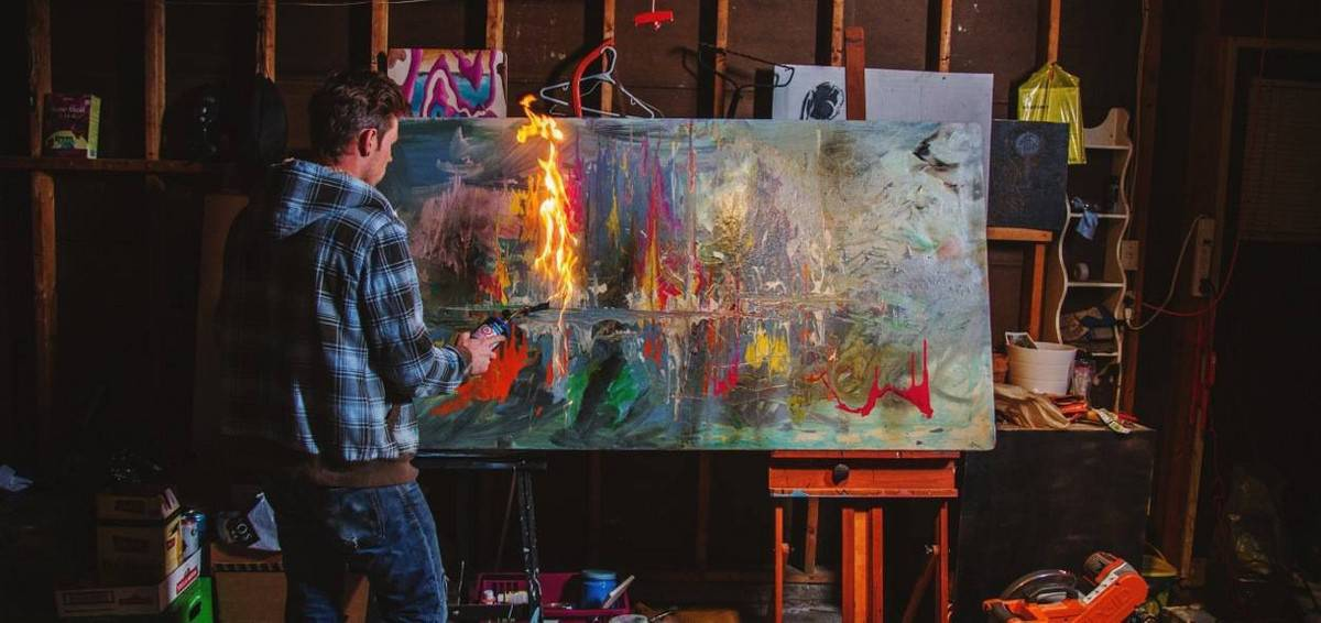 Blow Torch Artist for hire. Our Speed Painter is available to book for gala dinners, corporate events or brand activations in London & the UK.