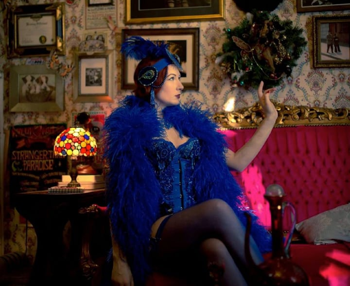 Burlesque dancers for hire in the UK for cabaret nights.
