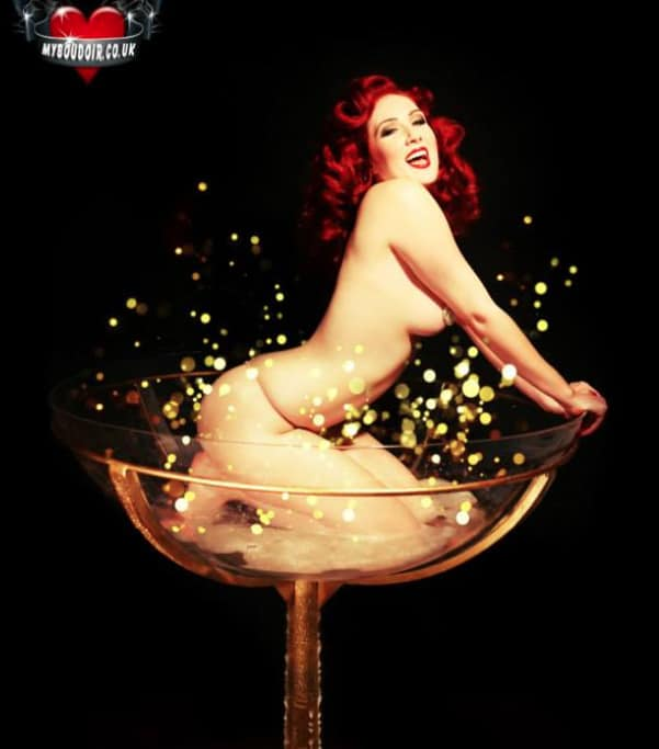 Burlesque shows available for hire for weddings, parties and private events in the UK.