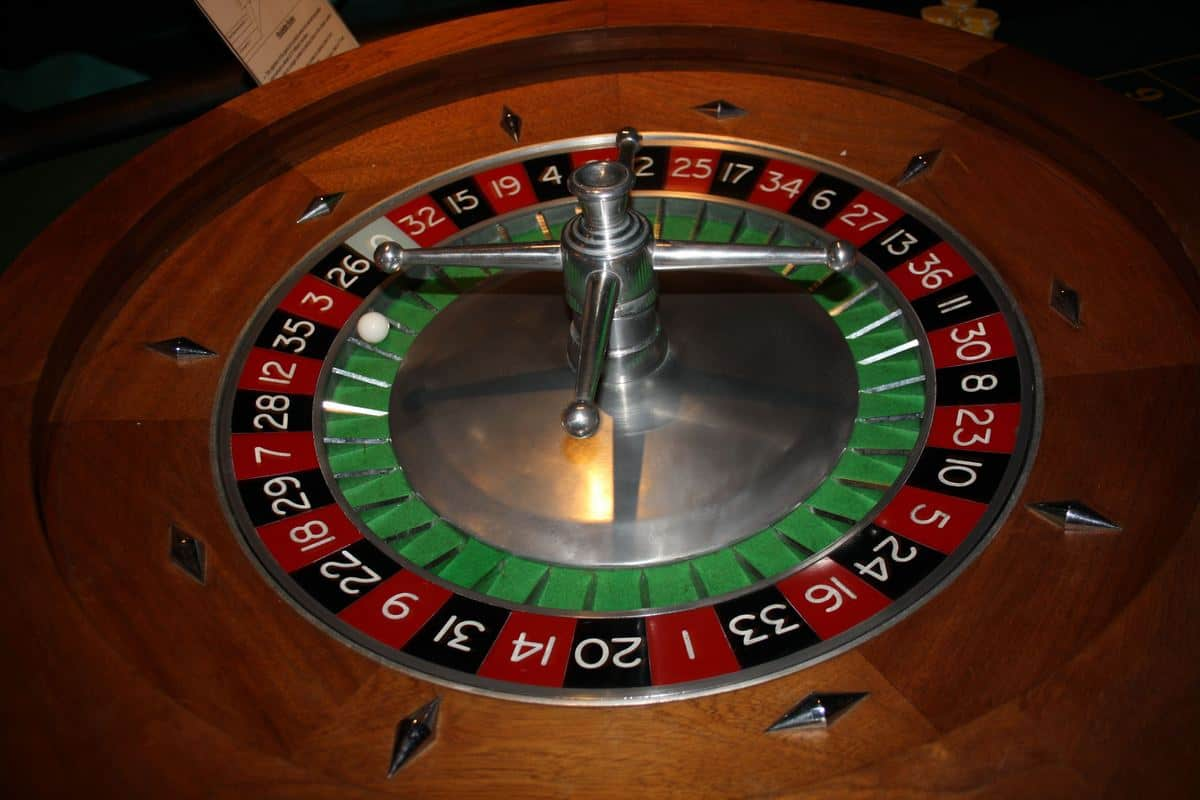 Our casino table is available to book for gala dinners in London & the UK.