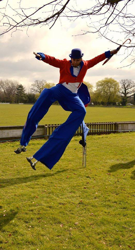 Royal-themed stilt walkers for hire. Book our union jack stilt walkers for St. George's Day events in London & the UK.