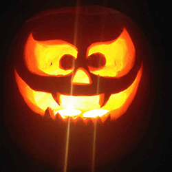 Pumpkin carver for hire for halloween events in London and the UK.