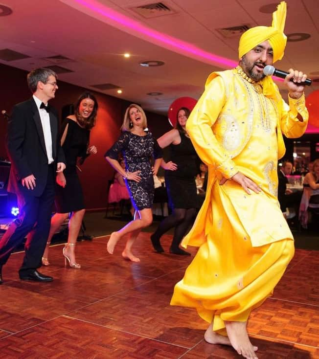 The Punjabi Dancers are available to book for Indian festivals in London & the UK.