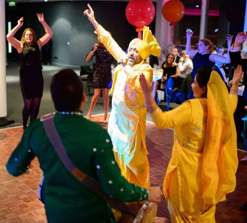 Our eye catching asian entertainers are available to book for gala dinners in London & the UK.