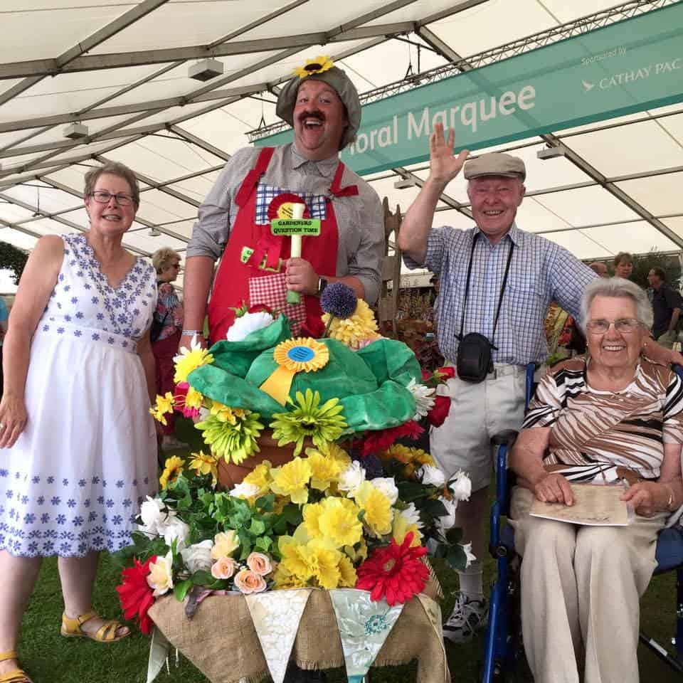 Farmer-themed street theatre for hire. Book The Avid Gardeners for corporate events in London & the UK.
