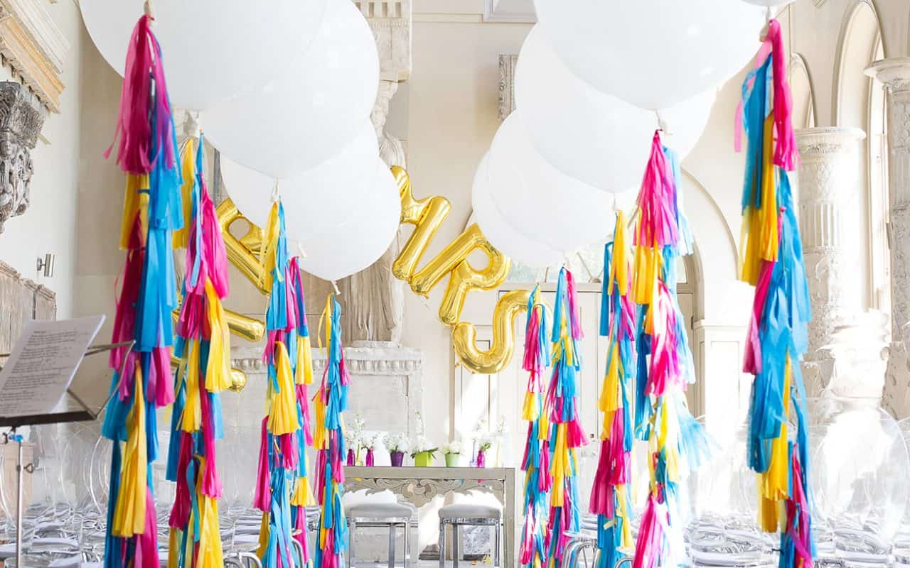 Book our balloon decorations for your private party