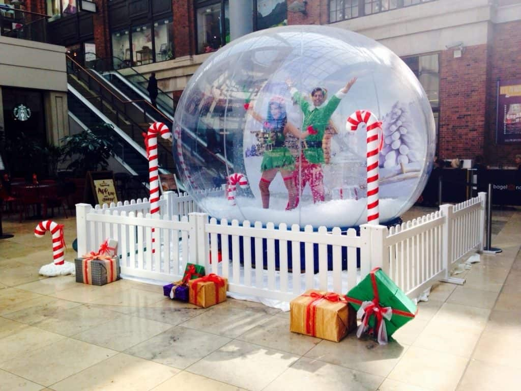 Christmas Snow Globe for hire. Book our Winter Wonderland-themed photo booth for corporate events in Leeds & London.