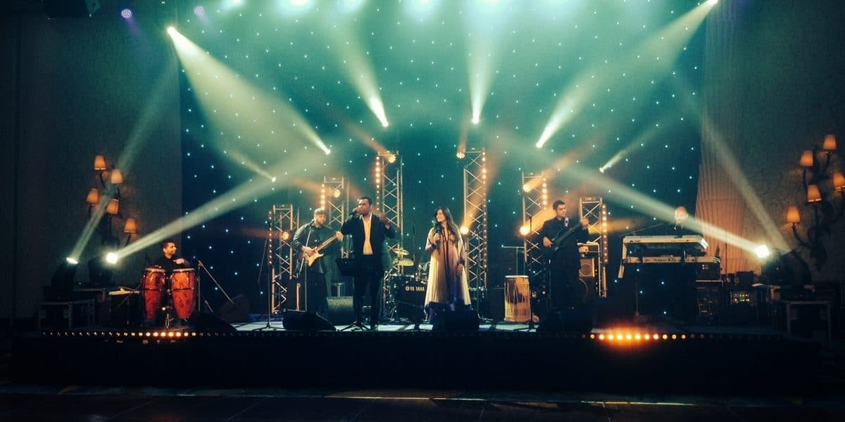 Hire our live Bollywood band for your Indian wedding in London & the UK.