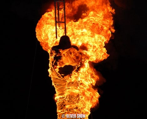 Fire Diving Show for hire. Book our Fire Show for luxury events in London & the UK.