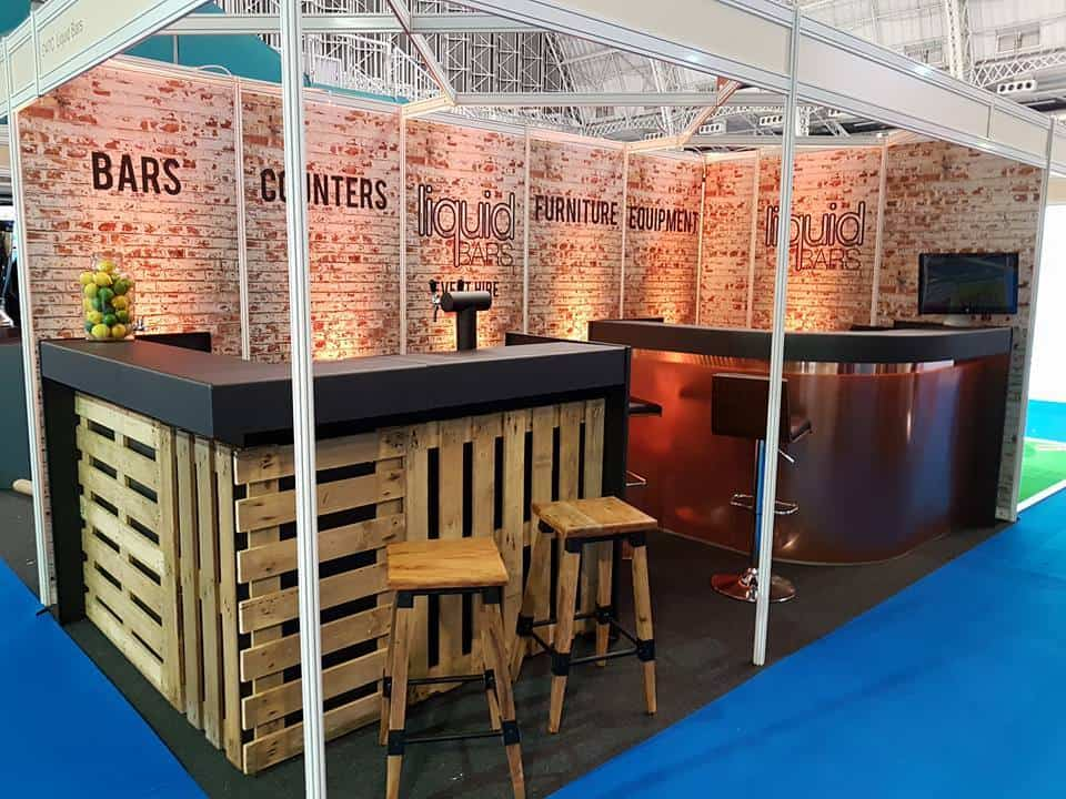 Pallet bars and furniture rental near London. Book wooden Bars for events and parties.