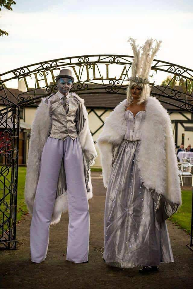 Royal Glacier Stilt Walkers for hire. Our Winter walkabout characters are available to book for Christmas-themed events, Winter Wonderland events or shopping centre events in London & the UK.