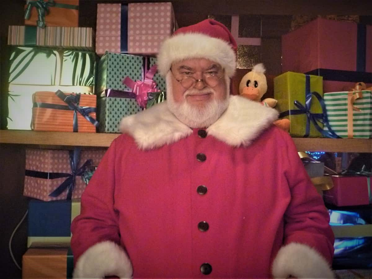 Santa Claus for hire. Book Santa Steven for Christmas-themed corporate events in London & the UK.
