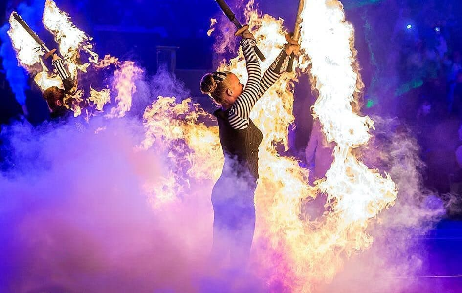Stage shows entertainment for hire in the UK for private events.