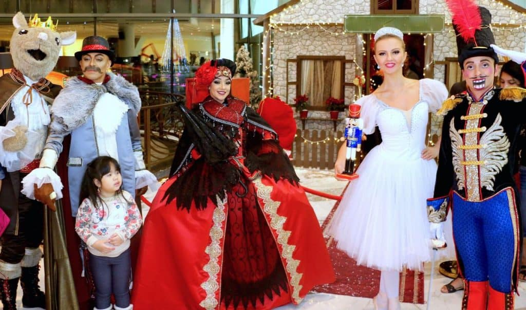 The Nutcracker Ballet Show for hire. Our Nutcracker walkabout characters are available to book for shopping centre events in London & the UK.