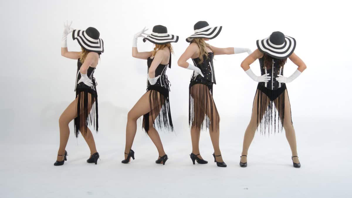 Vintage themed cabaret dancers and singers for events in London and the UK