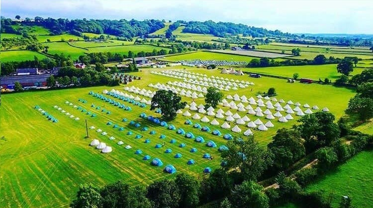 This festival equipment is perfect for all your glamping needs