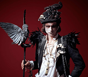 Book our Halloween stilt walkers for horror-themed events in the UK.