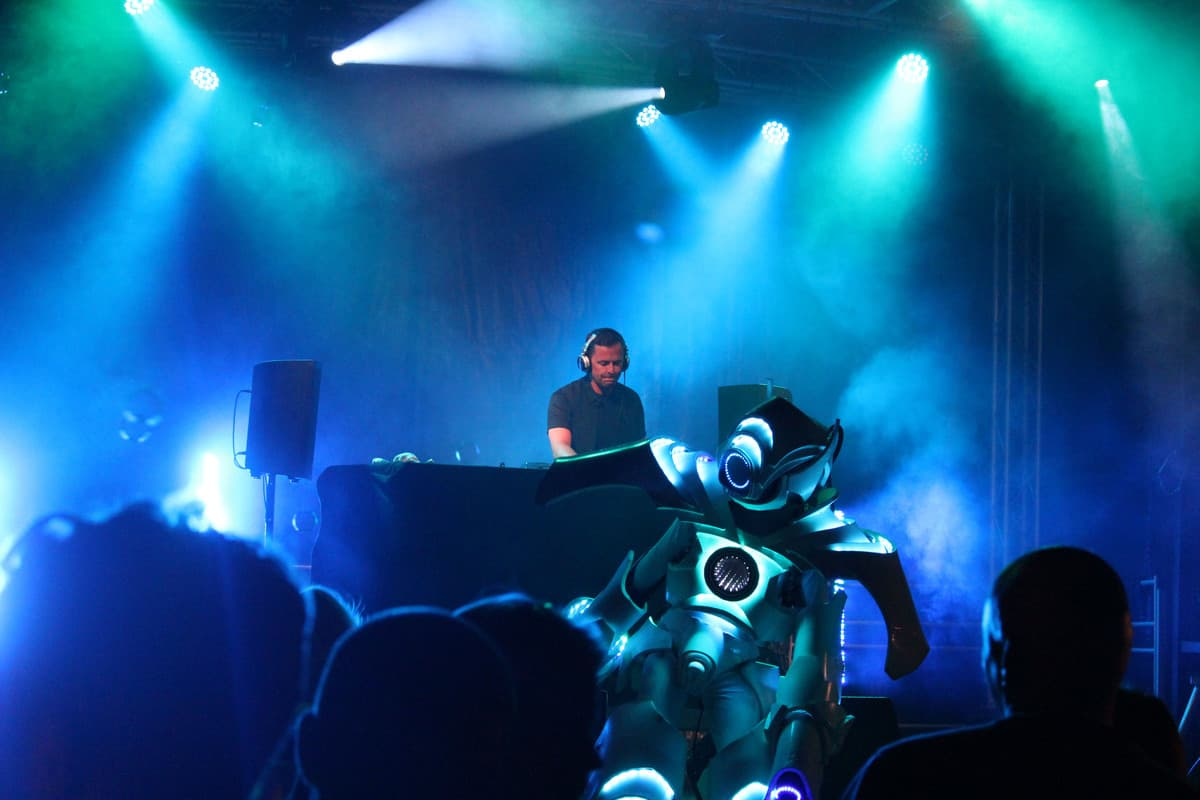 Hire scott mills for festival themed events in London and the UK