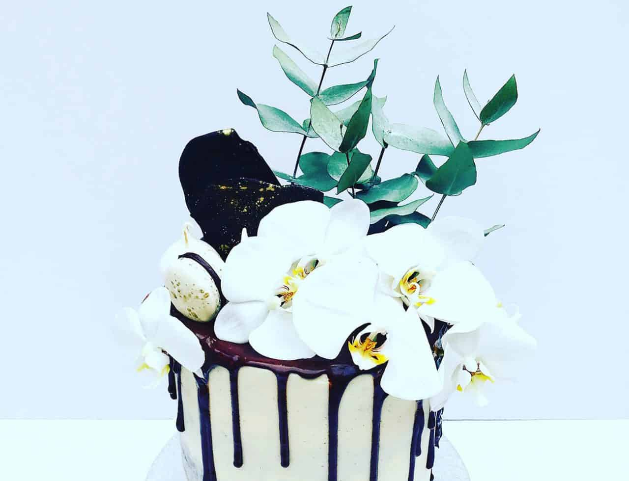 This cake supplier can make luxury cakes for any event across London