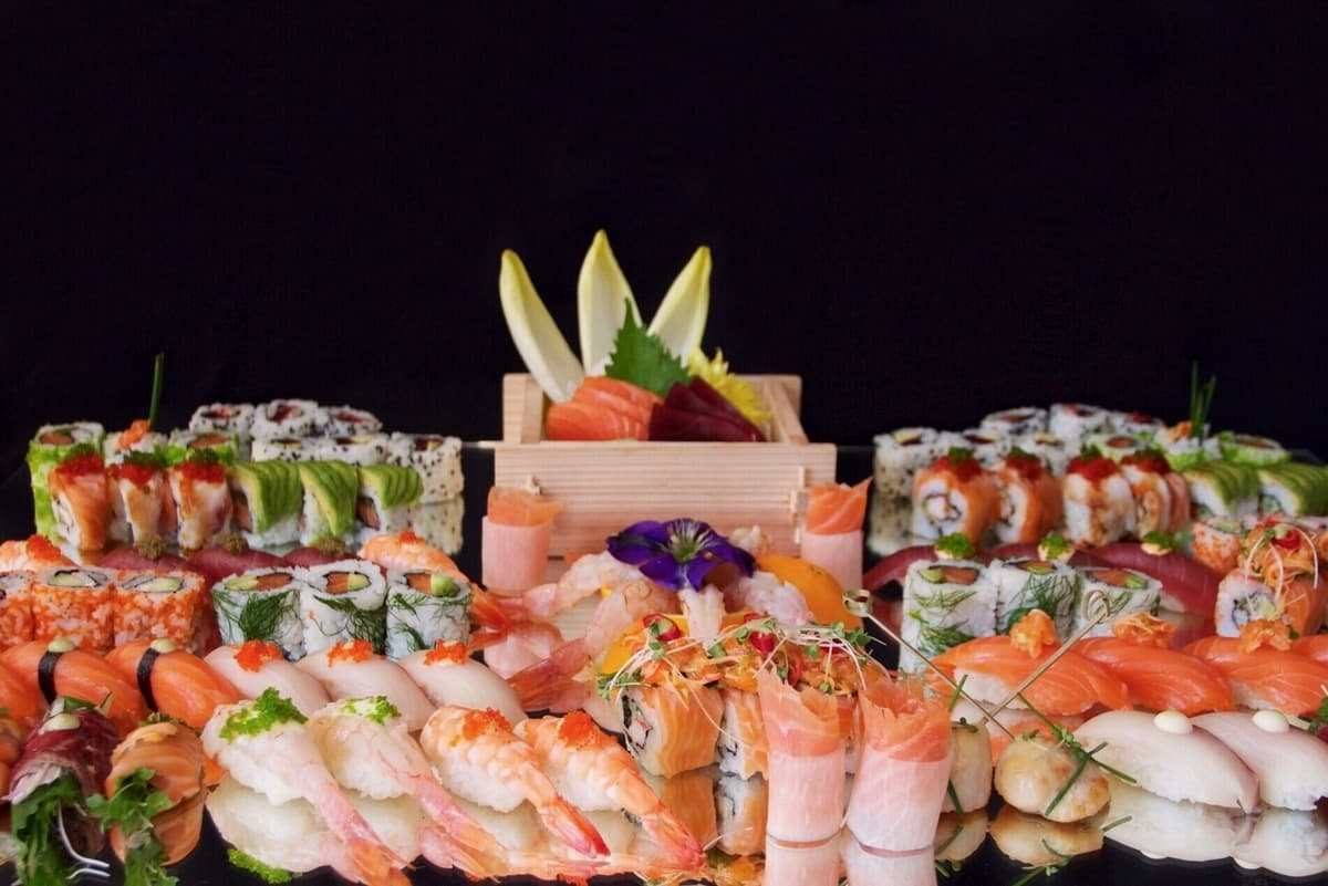 London-based sushi caterers for hire. Book our authentic Japanese food caterers for corporate & private events in the UK.