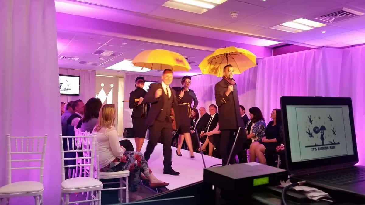 Hire projection screens for fashion shows in London and the UK