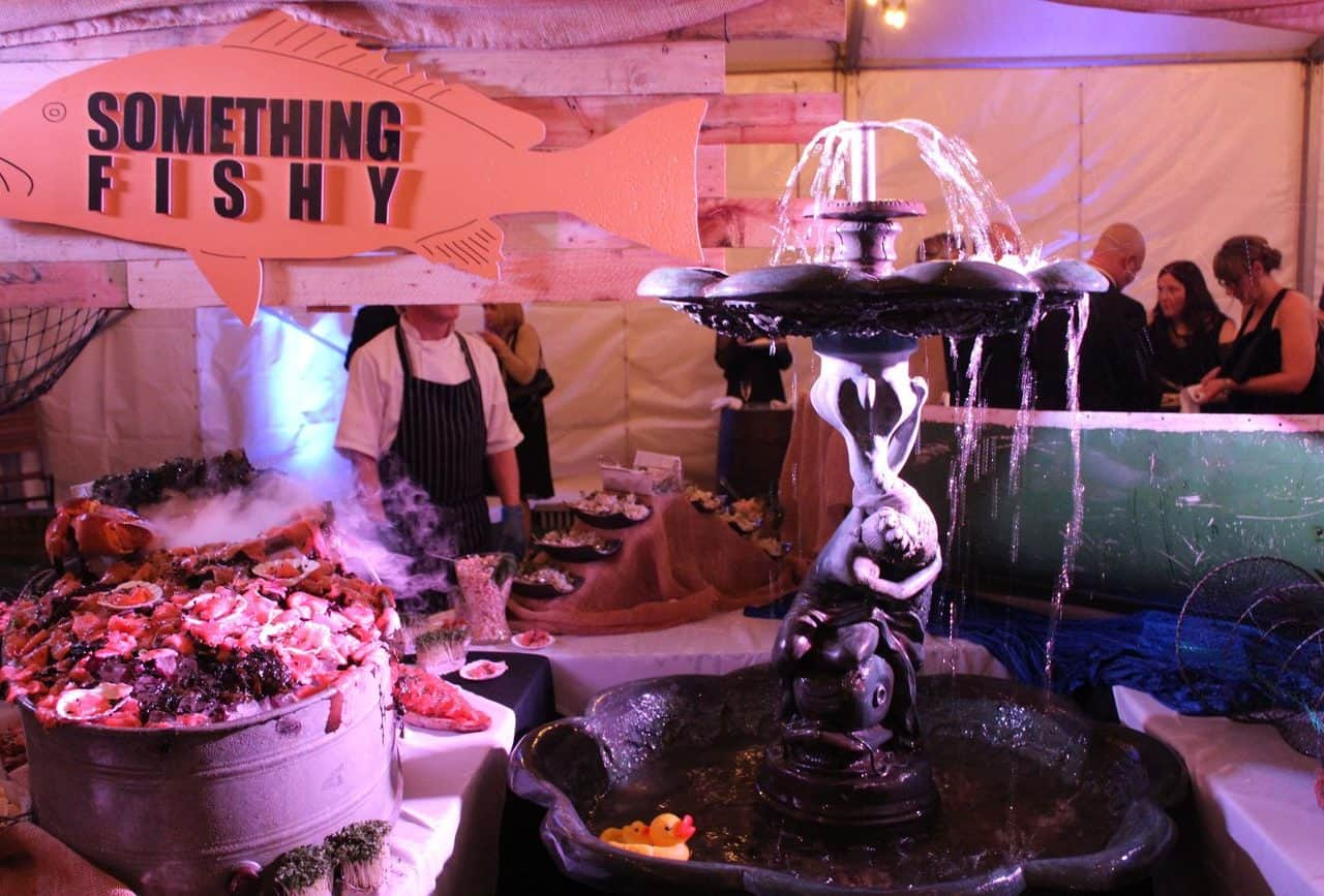 quirky Catering options for 1920s themed events