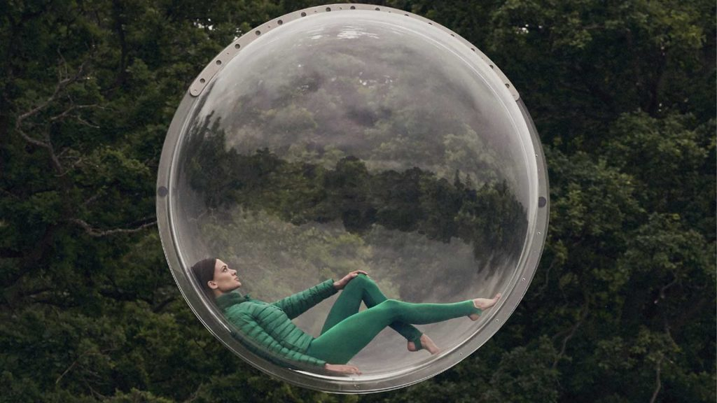 To Launch this fashion brands new clothing line we came up with a whole campaign concept. We supplied videographers, photographers, models and this giant bubble.