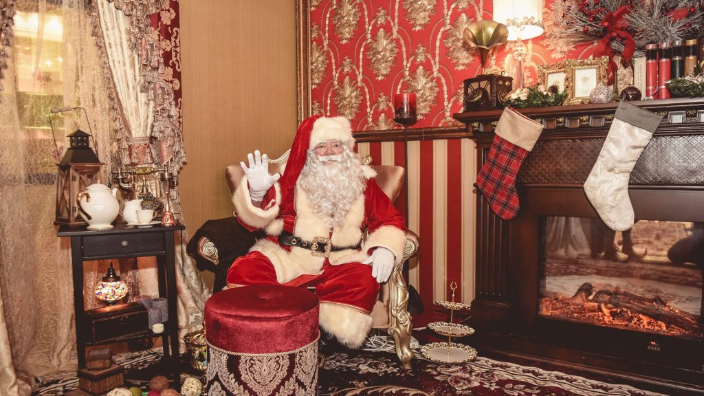 Our magical Santa's Grottos can be hired for Christmas Shopping Centre Events, Corporate parties and more.