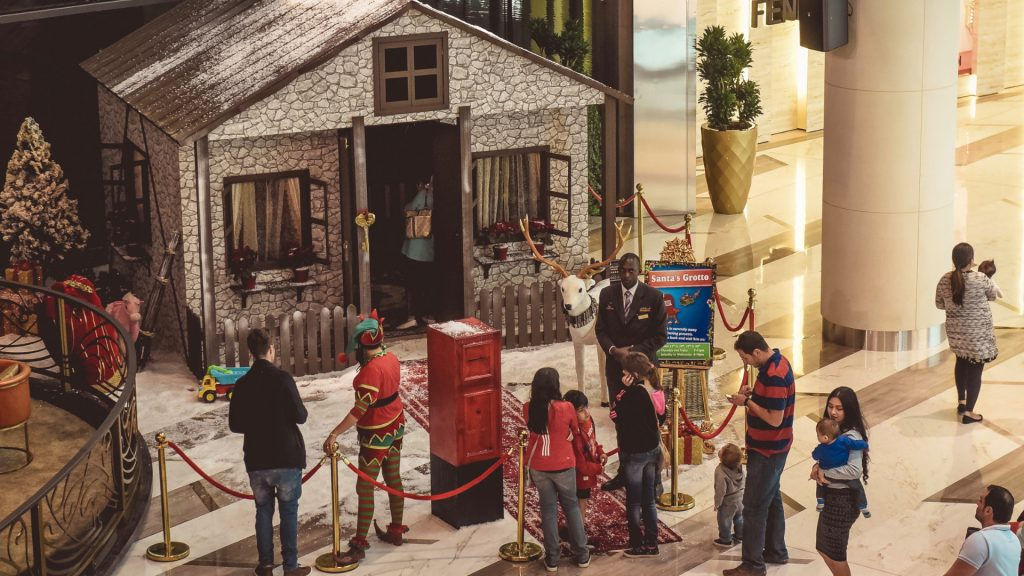 We provide Queuing entertainment and Seasonal picture sets to make your Santas Grotto experience more complete