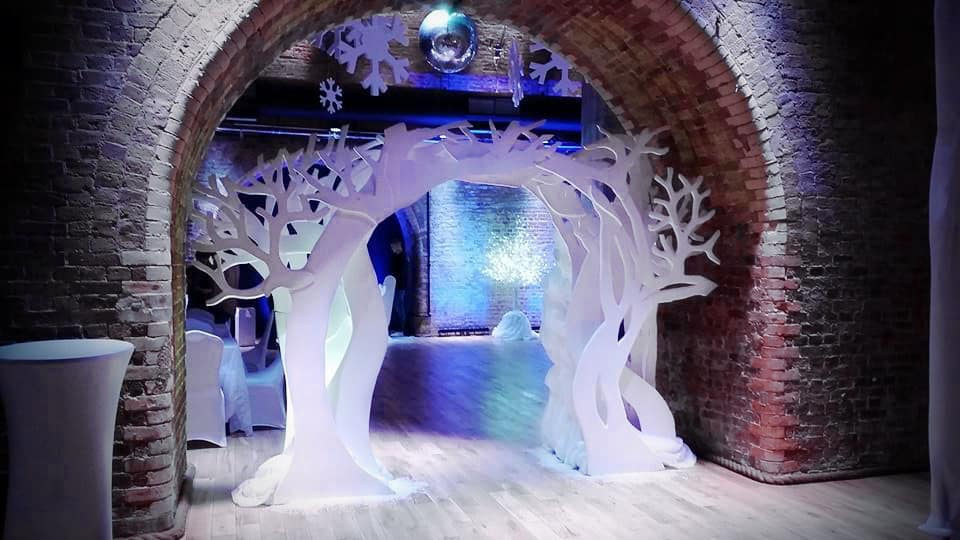 Bespoke Winter Wonderland Arch we created as a Christmas Attraction to book for Christmas Events in the UK. Click to view our top three Christmas Attractions for hire.