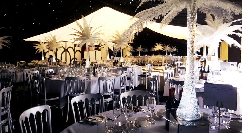 Great Gatsby Themed Table Decorations  from www.juliacharleseventmanagement.co.uk