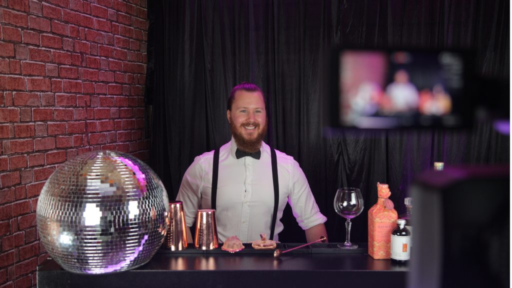 Virtual entertainment virtual cocktail making Christmas party available to book for both corporate and private virtual events.